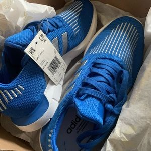 Adidas Swift Run J